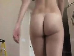 Teen Babe Striptease